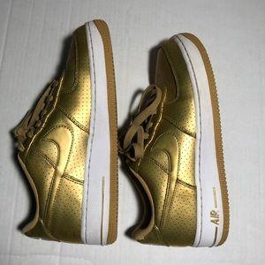 Nike Girls Air Force 1 Gold Metallic Sneakers 6.5Y